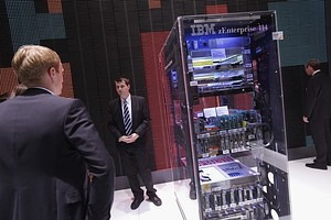 IBM Under Attack From Cloud Computing, Analyst Says